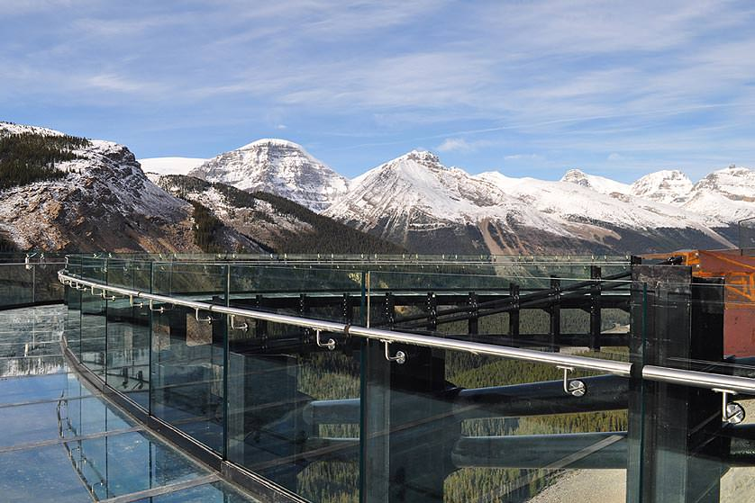 GI-Glacier-Skywalk
